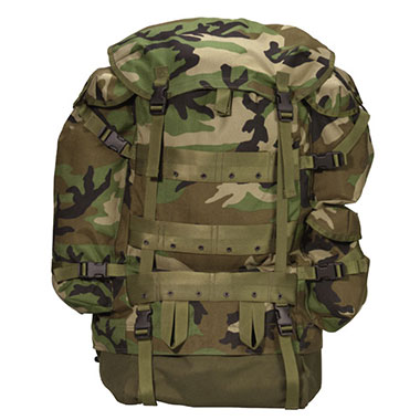 Rothco - G.I. Type CFP-90 Combat Pack - Woodland