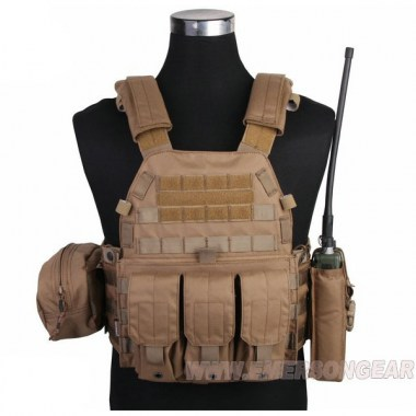 Emerson - LBT6094A style Plate Carrier w 3 pouches - Coyote Brown